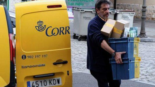 Correos-enviar-paquetes-campana-Navidad_EDIIMA20191204_0523_4